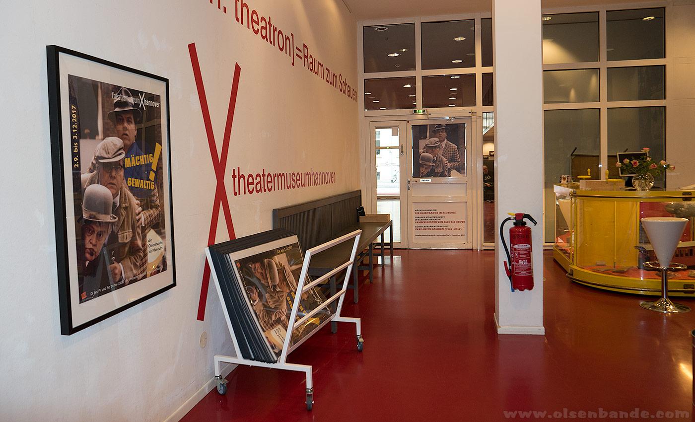news theatermuseum hannover die olsenbande im museum olsenbandenfanclub deutschland. Black Bedroom Furniture Sets. Home Design Ideas